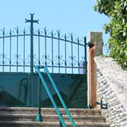 Une_portail eglise